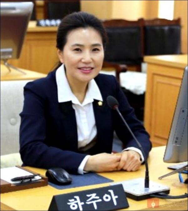 사본 -20190313_본회의장.jpg